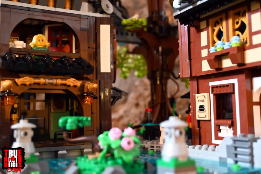 Ninjago City Gardens (71741) base level