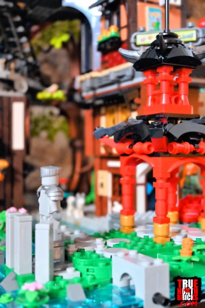 Ninjago City Gardens (71741) pagoda.