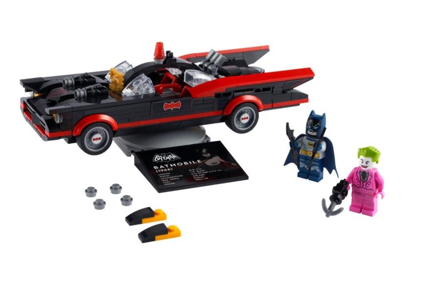 April 2021 Superheroes Sets: Classic Batmobile
