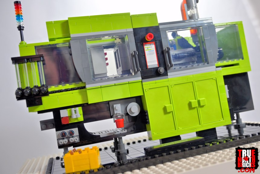 The Brick Moulding Machine (40502)