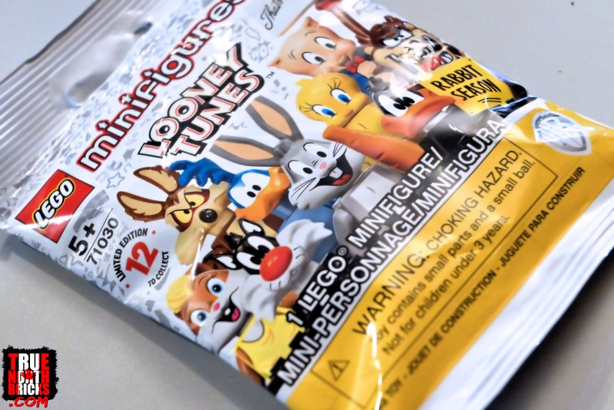 Looney Tunes Minifigures packaging