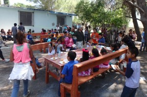 The grounds of Casa Cristiana El Afarero were full of people during the event.