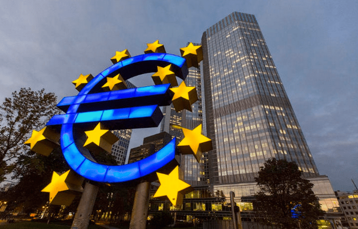"""ECB President Draghi's Membership of Mega-Bankers' Club Is """"Maladministration"""""""