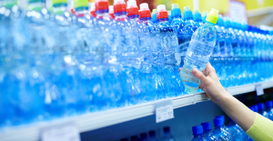 Industry calls on Philip Hammond to weaken planned plastics tax