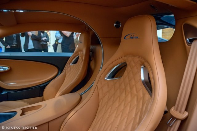 bugatti-also-offers-a-choice-between-a-standard-and-a-sport-seat
