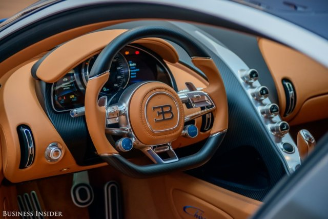 the-cabin-is-designed-with-a-focus-on-the-driver