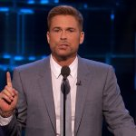Rob Lowe Tells NFL Those Who 'Boycott' National Anthem Should 'Remain In Locker Room'