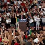 VIDEO: 10,000 Supporters at Pennsylvania Trump Rally Chant 'CNN Sucks'