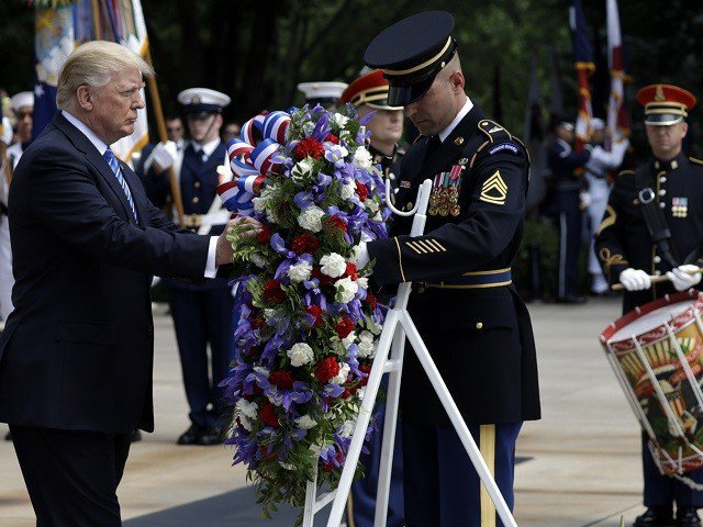 WATCH: Donald Trump Honors Fallen Soldiers In Speech At Arlington Cemetery On Memorial Day
