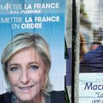 Macron INCREASES Lead Ahead of French Election Sunday