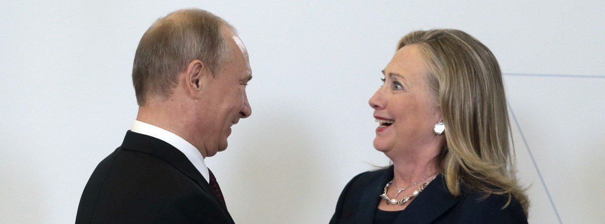 EXCLUSIVE: Former US Diplomat Slams Clinton For Accepting Russia Expulsion Order