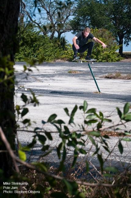 Pole Jam, photo by Stephen Oliviera, Melbourne Florida