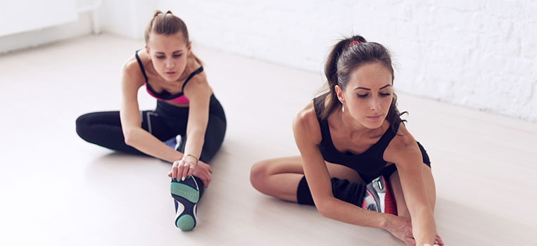exercise with friends to relieve stress