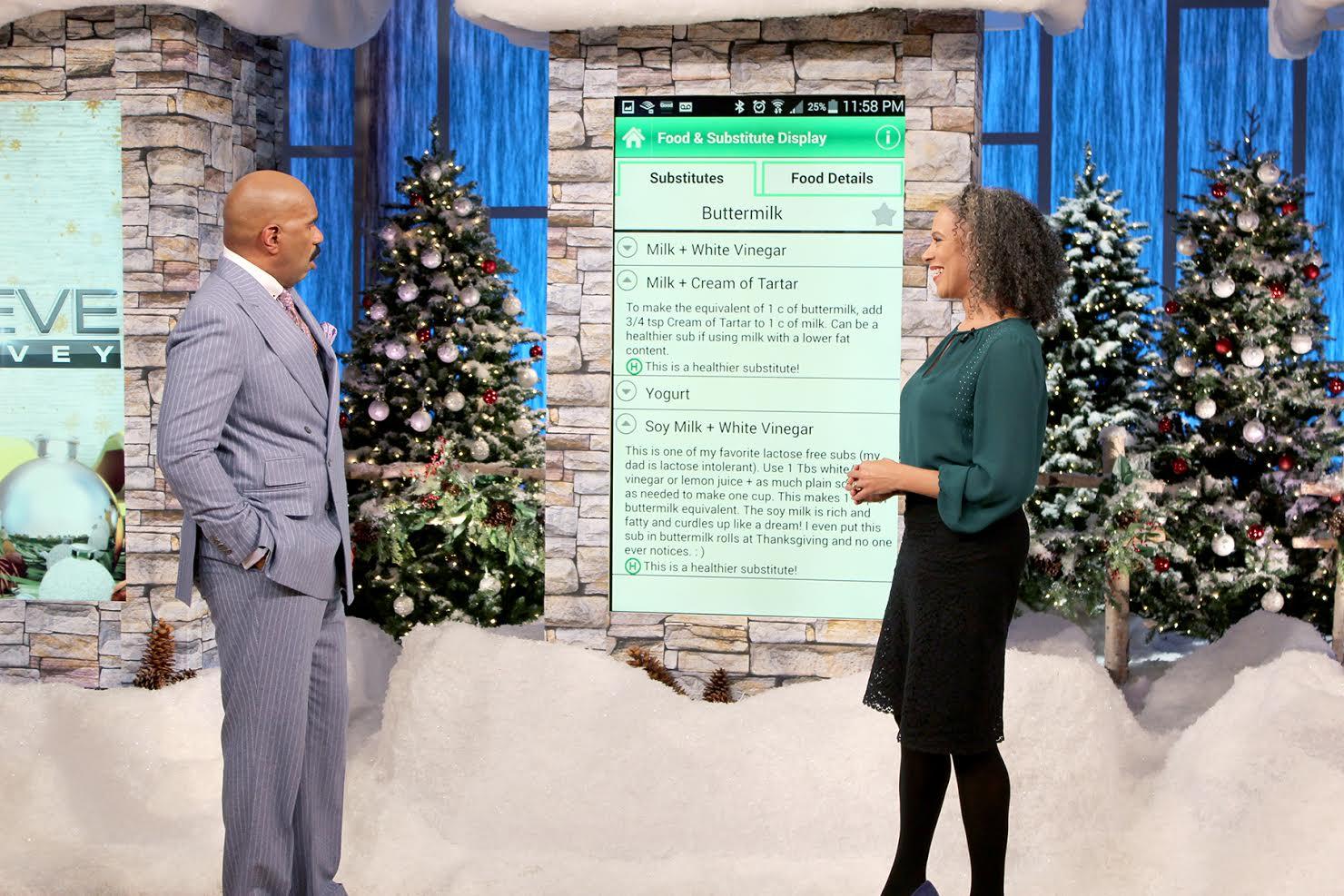 Steve Harvey Christmas Tree.Steve Harvey Holiday Apps True Trae