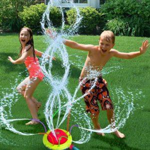 PRIME TIME TOYS HydroSwirlSpinningSprinklerAction