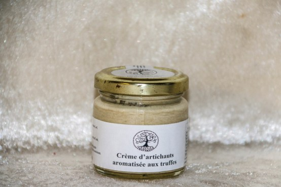 crème d'artichauts aromatisée aux truffes