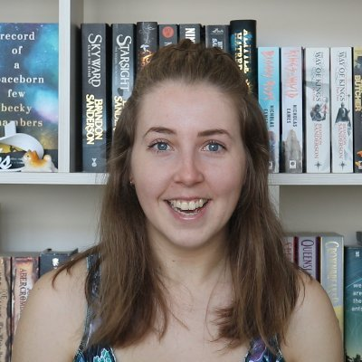 BecPhoto - BookTube Babble: An Interview With BeckleBooks