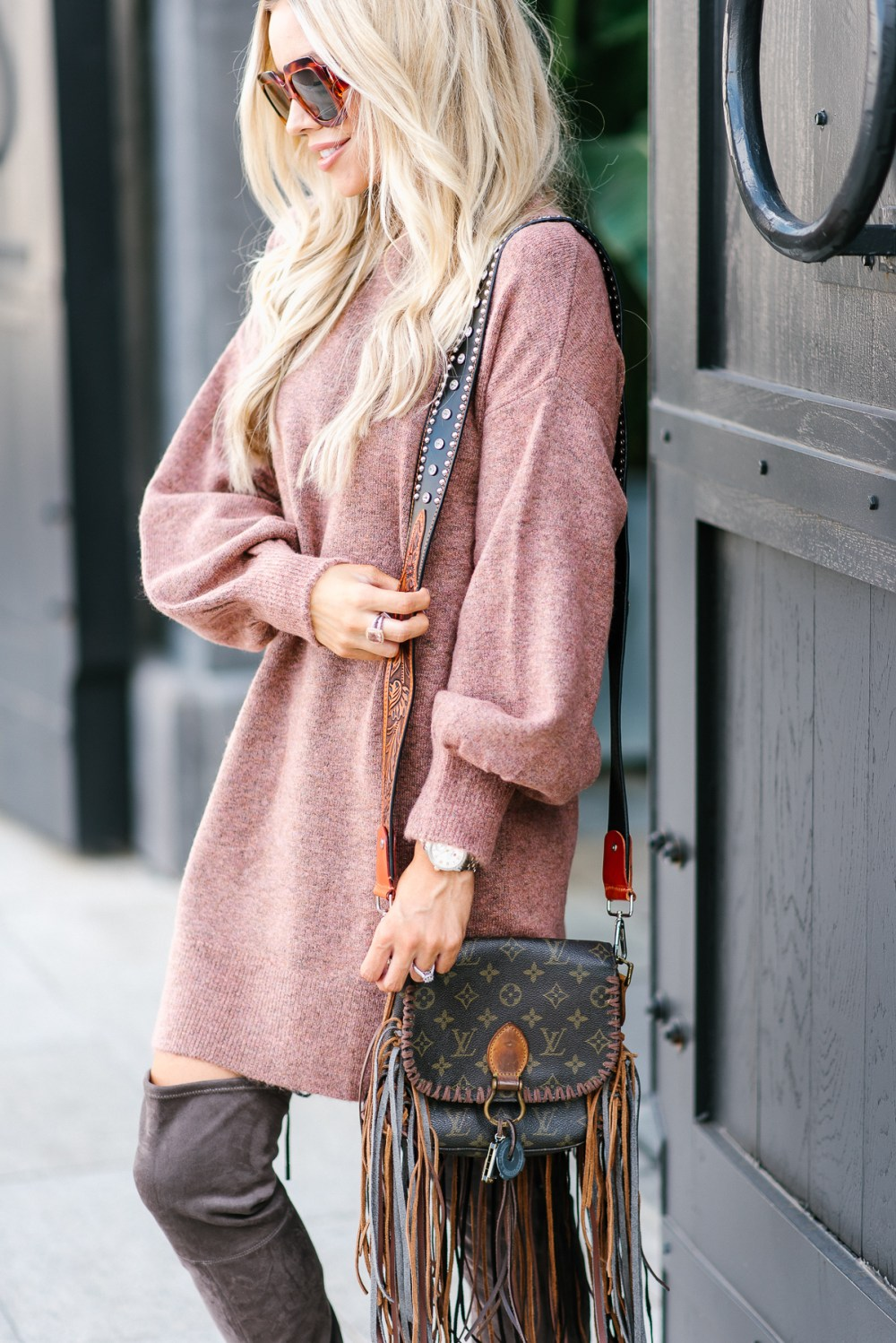 This over-sized sweater dress is a fall must have and comes in many gorgeous colors!