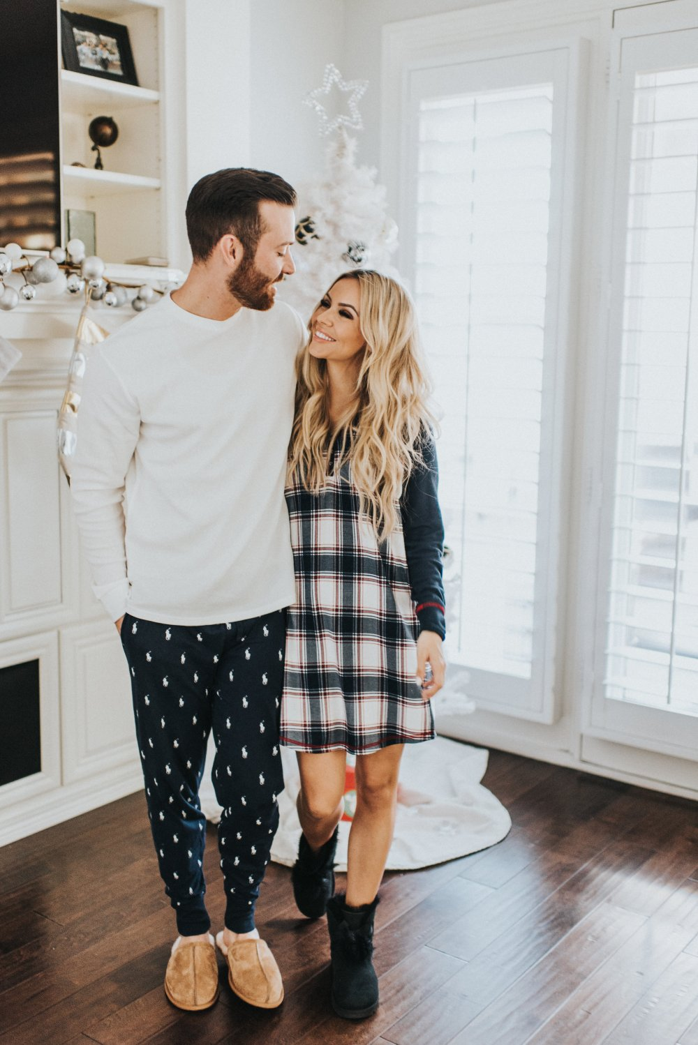 Another great gift guide for your man! Your guy will love lounging around the house in these super cozy items! My PJ gown is so soft and I love it! #trulydestiny #holidaypajamas #giftguide