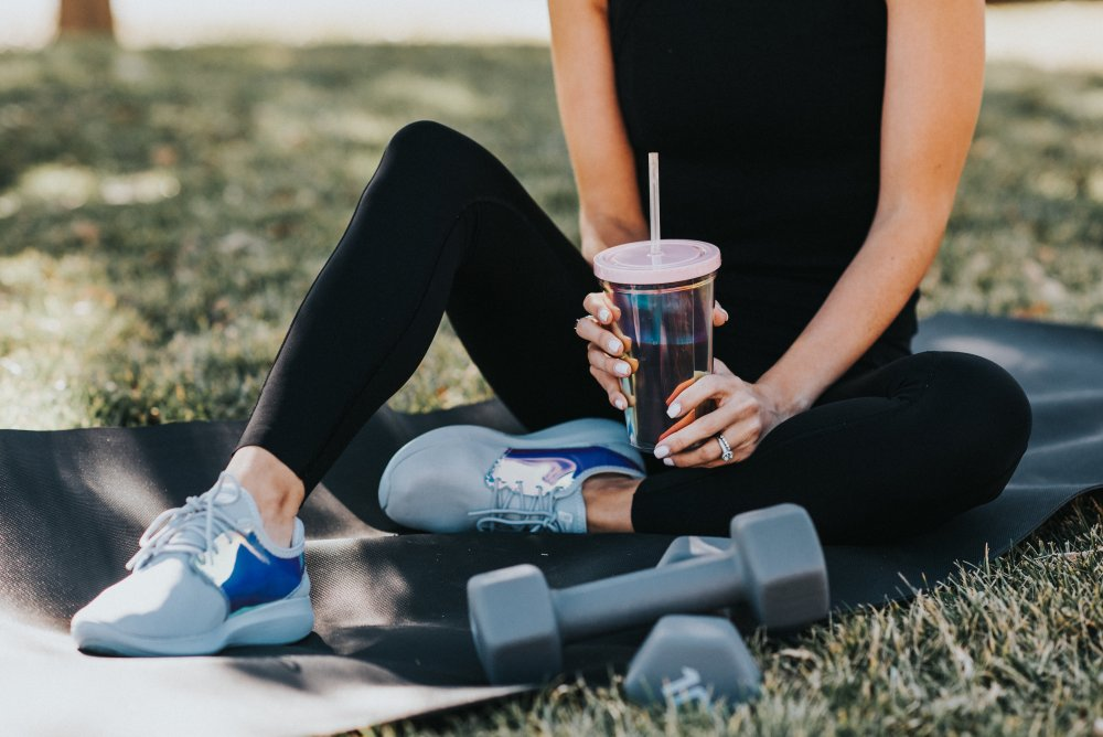 Sharing my morning routine, workout and breakfast shake with you! I thrive on having a routine and I feel that it sets the tone for the day! #trulydestiny #resolutions #morningroutine #morningworkout #bbgworkout #workoutclothes #breakfastshake #breakfastideas #healthybreakfast