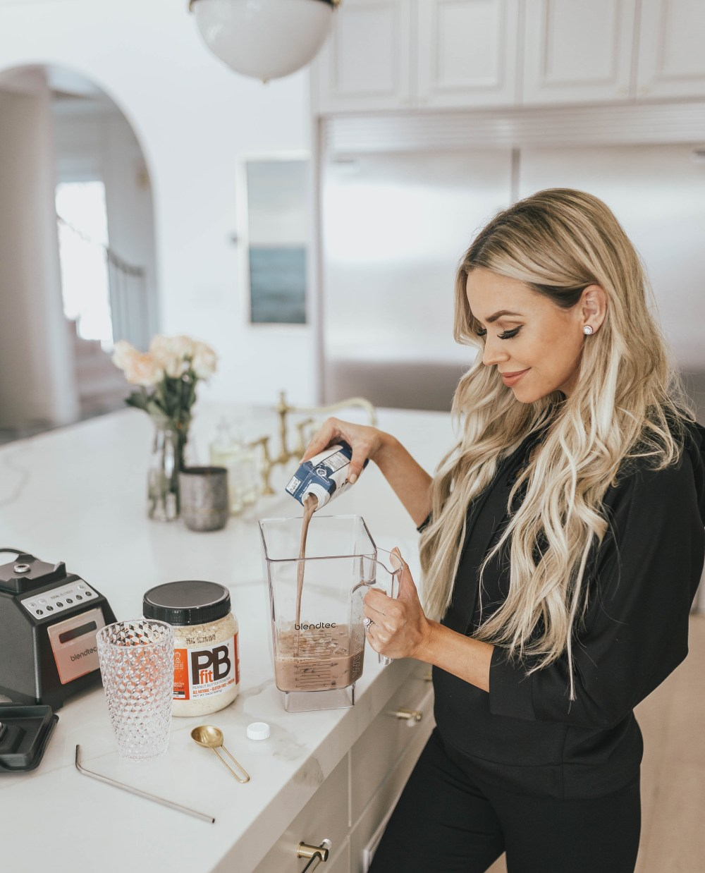 Sharing the recipe of my favorite protein shake that I have been loving for years! All the ingredients are clean and can all be bought at Walmart! We are keeping our health a priority in 2019. #womensfashion #proteinshake #newyearsresolution #healthyhabits