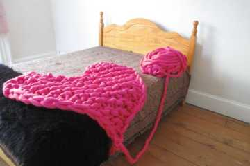 knitted heart merino wool