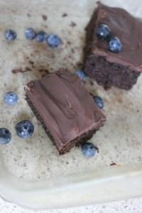 Blueberry_Chocolate_Cake