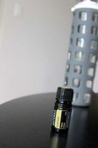Using Lemon Oil to Relieve Bloat