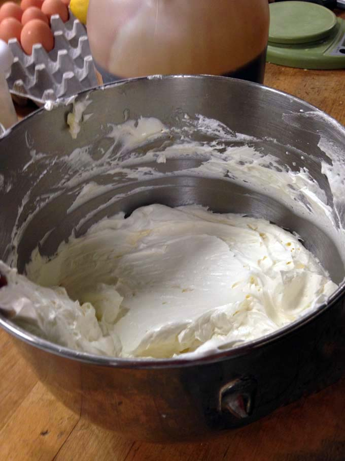 I learned how to make the perfect buttercream