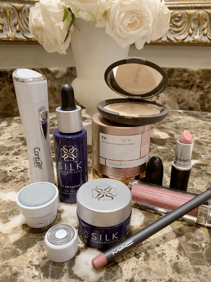 Dallas blogger Truly Megan shares her spring beauty favorites. #beautybio #quench #silktherapeutics #maccosmetics #contourkinetics