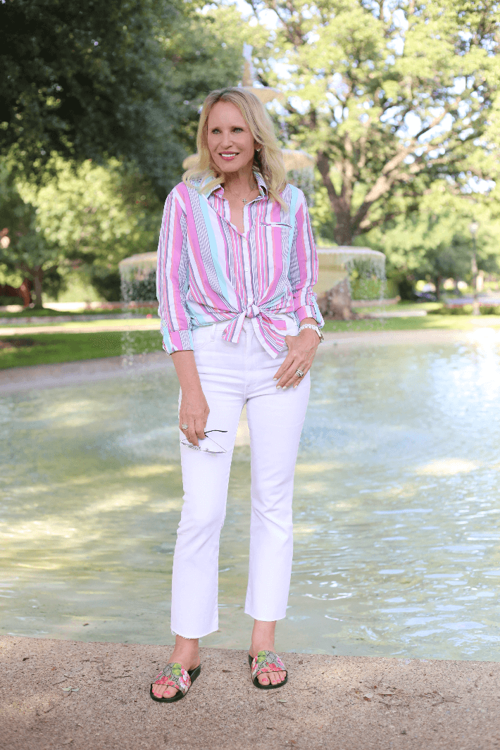 Dallas blogger Megan Saustad wearing Foxcroft shirt, Gucci slides and Mother Jeans.