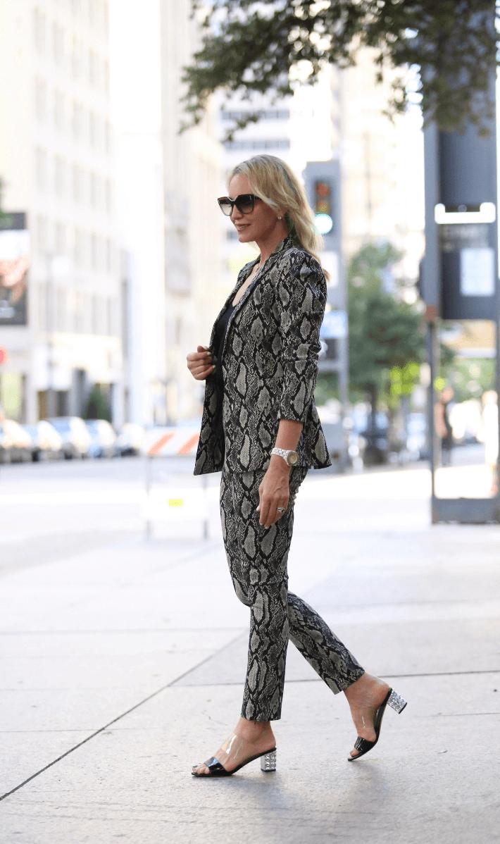 Dallas fashion blogger Megan Saustad wearing Alice & Olivia Snake Print Suit and Allegra James shoes. #aliceandolivia #snakeprintsuit #allegrajames #fallfashions