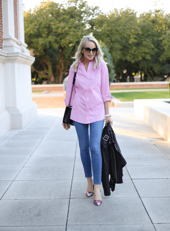 Dallas style blogger Megan Saustad wearing pink non-iron shirt by Foxcroft.
