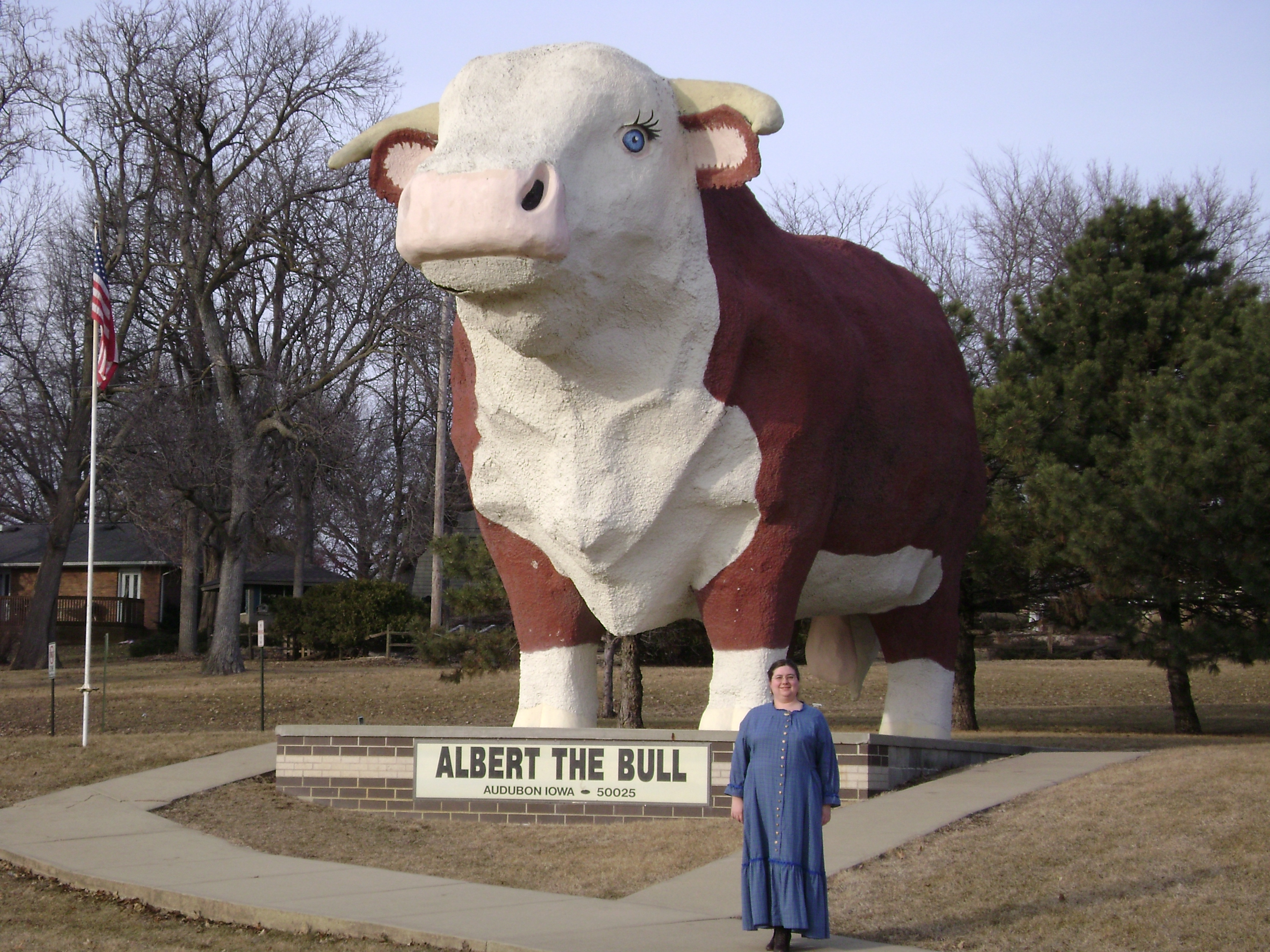 Sarah in front of Albert the Bull Statue