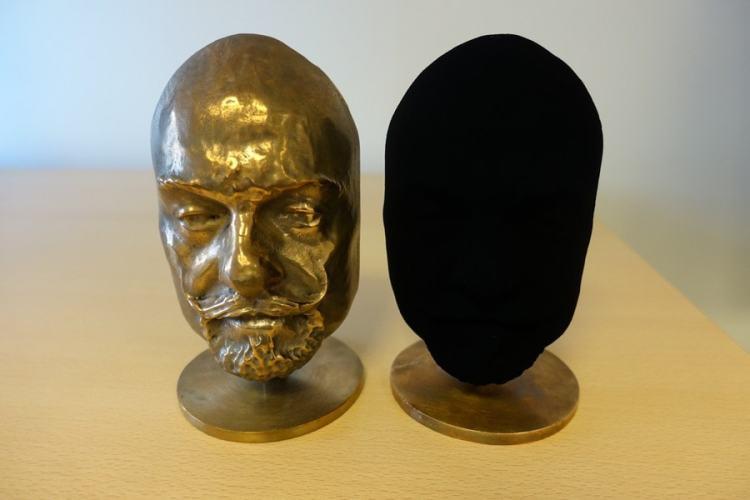 Surrey Nano Systems vantablack spray noir bidimensionnel tridimensionnel
