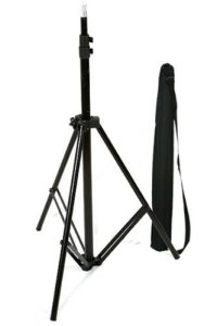 2.CowboyStudio Aluminum Adjustable Light Stand