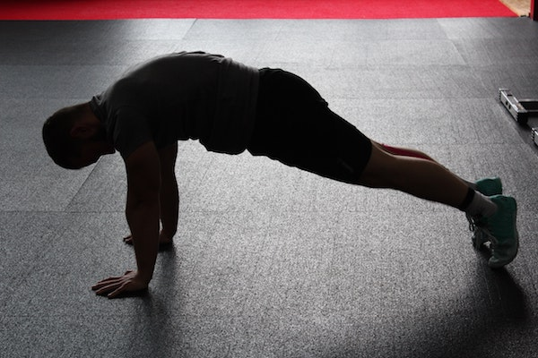 Free bodyweight strength routine