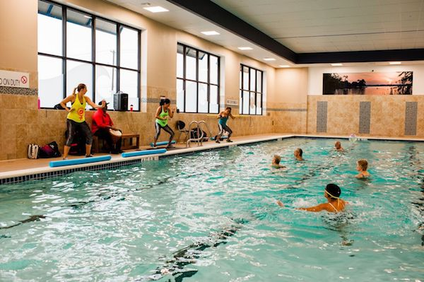 The 7 Best Gyms With Pools Saunas Hot Tubs Trusty Spotter