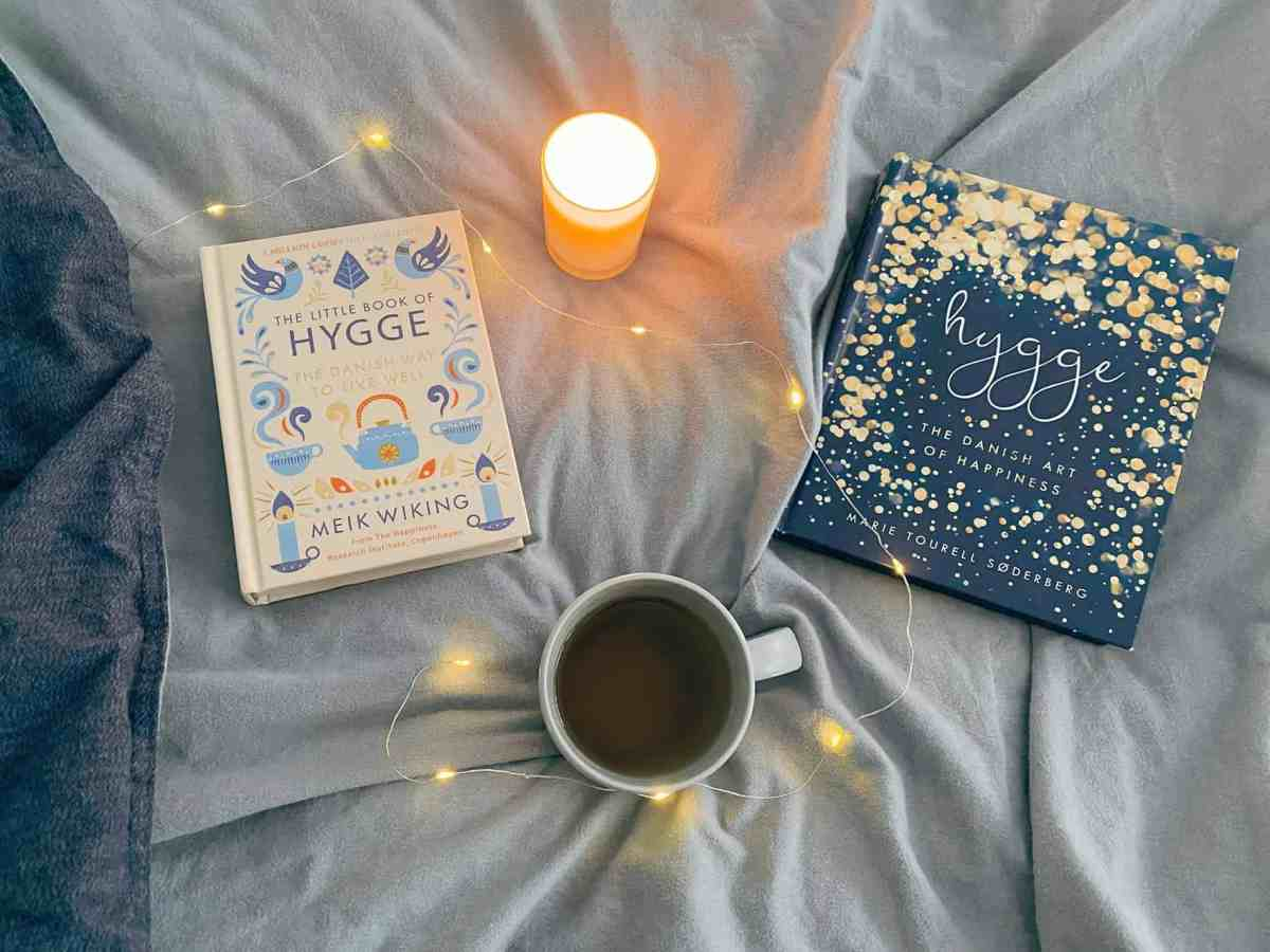 Hygge loving Lately - Books, Tea, Fairy Lights, Candle, Sheets