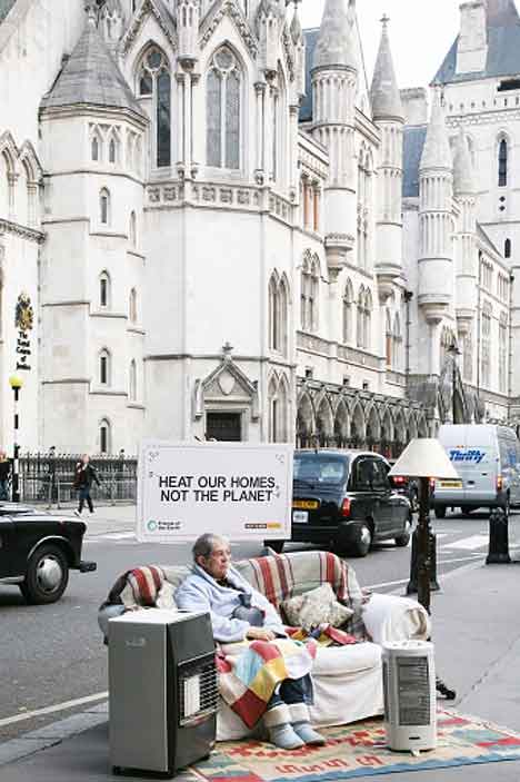 fuel-poverty-old-age-pensioner-on-street