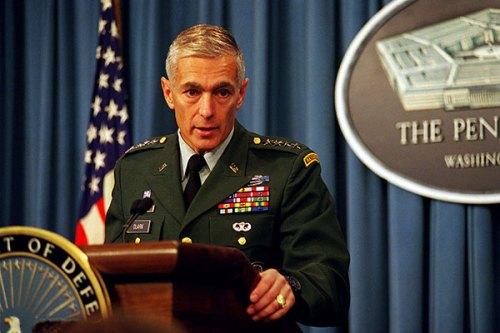 commandant_us_wesley_clark_01