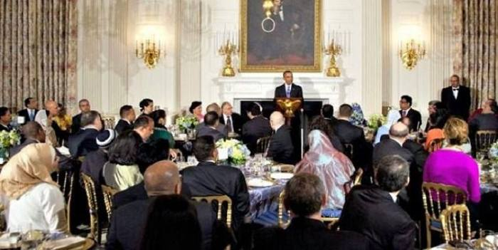 Barack Obama At White House Dinner: 'Koran Teaches Us We Are One Family'