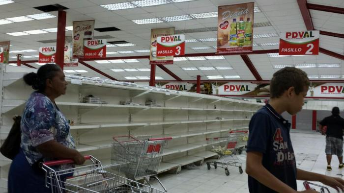 Venezuela In Ruins As Soldiers Delete Videos Of 12-Hour Food Queues (Video)