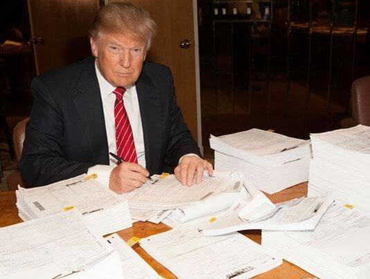 NY Times And Clinton Crime Family Commit Criminal Act – Publish Donald Trump's 1995 Tax Returns