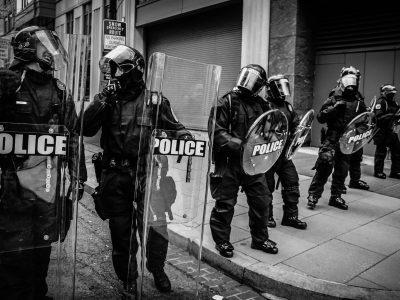 police enforcing lockdown