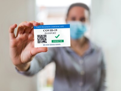 Vaccine Certificate/Passport with QR Code