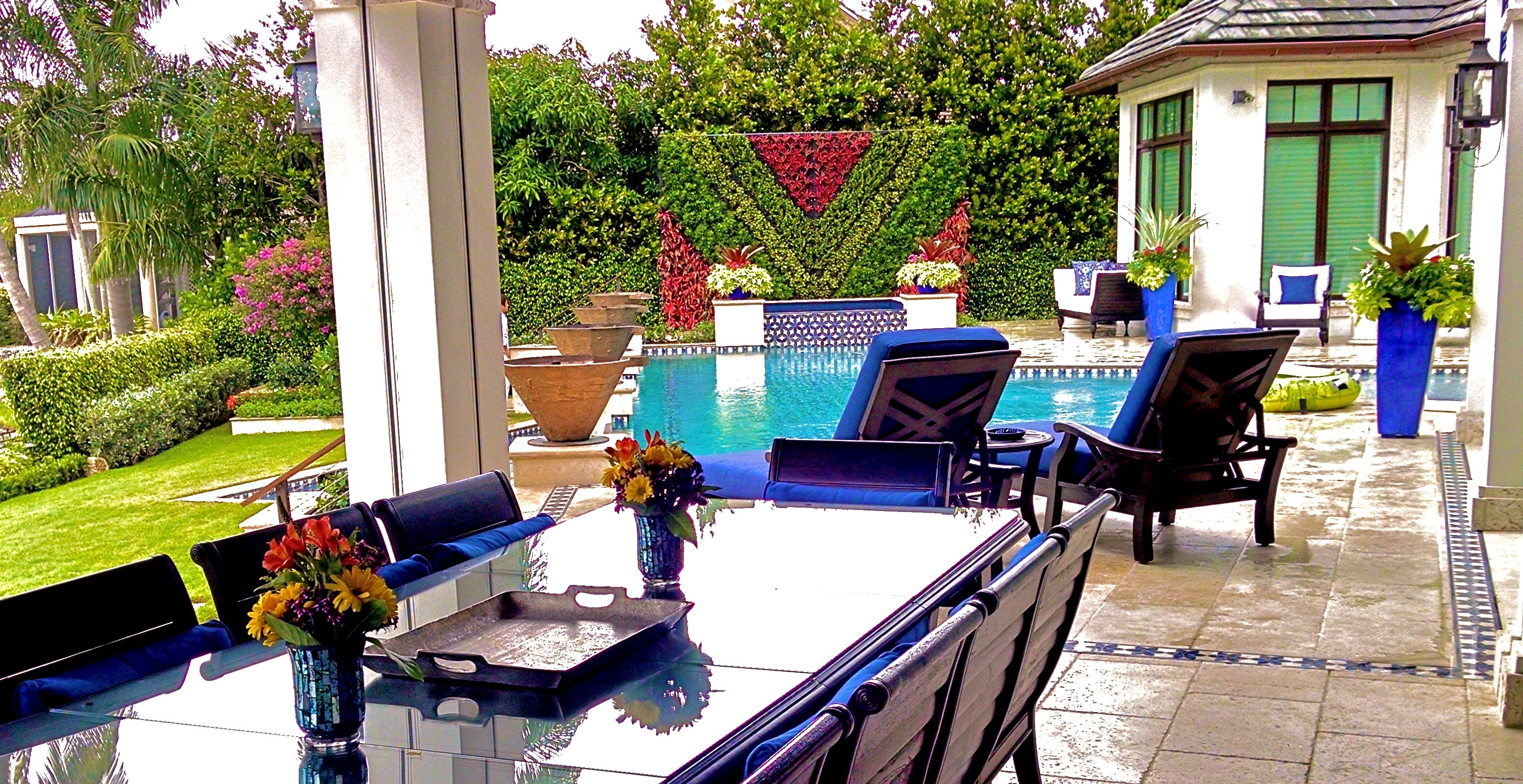 Best Green wall   Great Vertical garden in Miami Florida USA best example of Biophilic Design By Biophilic designer Jeffrey Allis