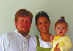 Семья староверов в Мату-Гросу. Бразилия, 2010 год