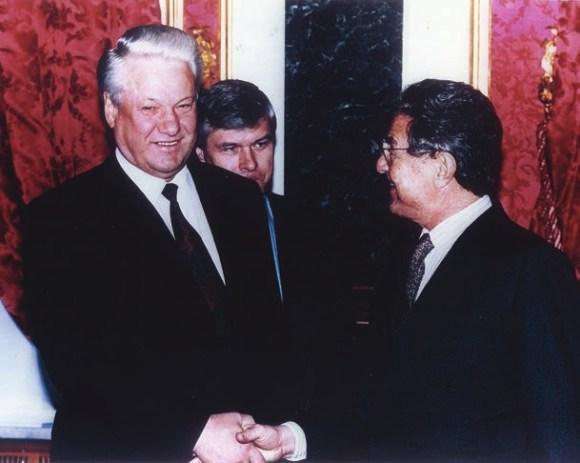 Б. Ельцин и Дж. Сорос