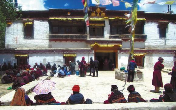 Главное здание монастыря